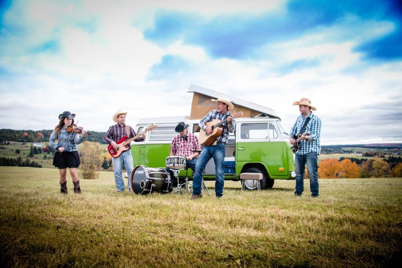thumbnail_roadtrip-country-band